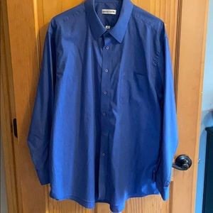 Men's Pierre Cardin Shirt Size 34/35, Neck 17 1/2